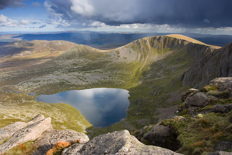 Lochnagar - view from Cac Carn Mor looking east, Grampian Mountains, Scotland